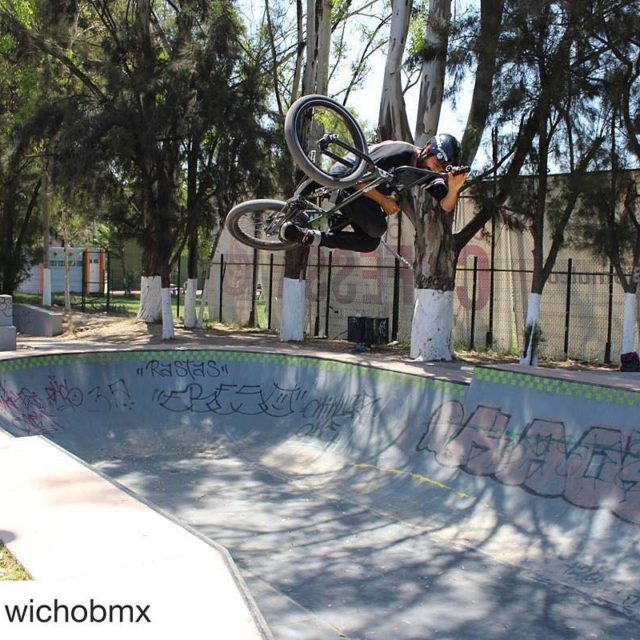wichobmx en entrenamiento BMX Antifashion